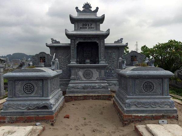 Mẫu lăng mộ gia đình CT 10
