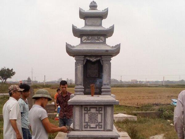 Mẫu mộ ba mái CT 08