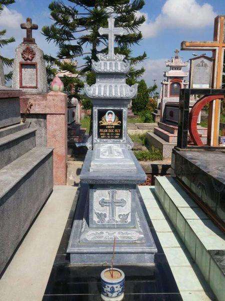 Mẫu mộ công giáo CT 06