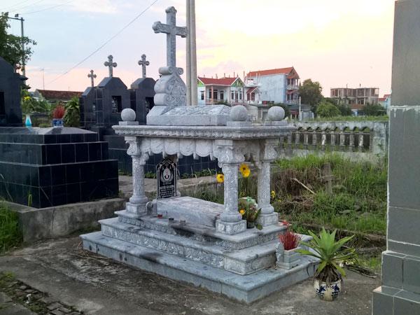 Mẫu mộ công giáo CT 09